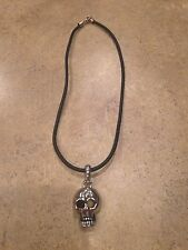 Fashion Jewelry Silver Plated Metal Skull Head Black Rubber Necklace Halloween