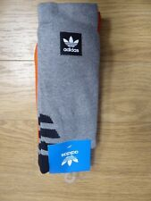 NEW- MEN'S ADIDAS BB CREW SOCKS, DH2567 GREY AND ORANGE, SIZE 9-11 -RETAIL $20