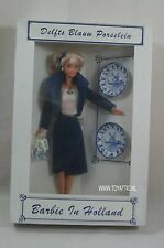 Dutch convention doll Barbie in Holland from 1999 Delft Blue / Netherlands NRFB
