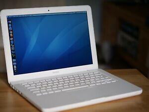 Apple MacBook 13 inch Intel Core 2 Duo 2.26Ghz White A1342