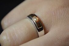 BN 9ct white and yellow gold baguette diamond band ring Size P