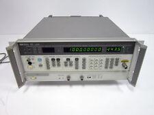 HP AGILENT 8657B RF GENERATOR 8657B-022 100KHZ-2060MHZ  WITH OPTION 022 GMSK