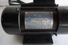 240V Mining Hopper  Vibrator Motor, 1 / 3 phase, 3000rpm Force 0.98KN 100Kg