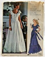 1970s Vogue Designer Original Sewing Pattern 1043 Oscar De La Renta Dress 7762F