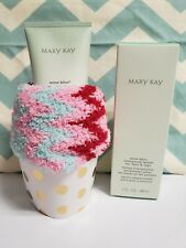 Mary Kay Mint Bliss Energizing Lotion For Feet And Legs 3 fl oz *with free socks
