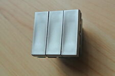 LEGRAND Designer arteor 5725 44 TRIPLO 2 / 1W QUADRATO Switch modulo 20axmagnesium