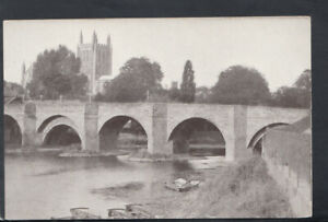 Herefordshire Postcard - Wye Bridge and Hereford Cathedral     T7087