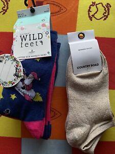 BNWT Women 6 Pairs Of Sock - Country Road Metallic Rib Low cut & Wild Feet Xmas