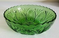 Vintage Dark Green Starburst Glass Bowl Scalloped Edge - 8 Inch      grcab