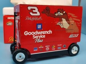 Action Dale Earnhardt #3 GM Goodwrench Taz / No Bull 2000 Pit Wagon 1:16