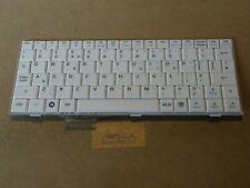 Asus Eee PC 4G, 701, 900, 901 Laptop White UK Keyboard. Model: V072462AK1