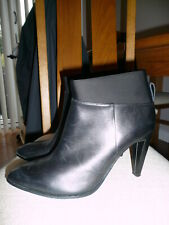 LADIES CLARKS BLACK LEATHER AZIZI POSEY BOOTS SZ 5.5D MUST SEE
