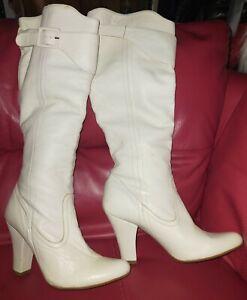 Amazing Vintage 90's Creamy White Knee-Length Boots size uk 6 eu 39