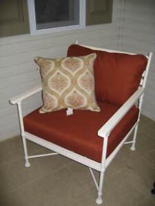 Pottery Barn Potrero Outdoor White Iron Patio Occasional Sofa Lounge Arm Chair