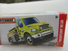 Matchbox Power Grabs  BOXED FREIGHTLINER M2 106 Fire Engine