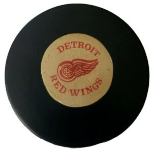 DETROIT RED WINGS ART ROSS CONVERSE CCM TYER NHL OFFICIAL GAME PUCK USA RUBBER
