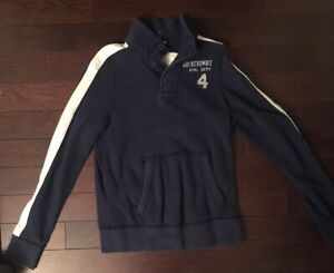 Abercrombie Muscle 1/4 Button Pullover! Size Youth XL! Color Navy Blue!