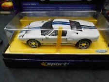 Scalextric Sport - Ford GT 2003 avec boîte - ref C2570A - Ed limitée