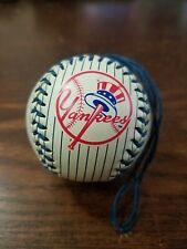 Rare 2005 Ny New York Yankees Christmas Tree Decoration Holiday Ornament Ball