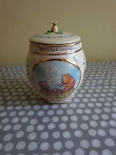 Classic Winnie The Pooh Porcelain Musical Box. 2000. Second Issue