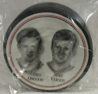 1997 DETROIT RED WINGS SUPERSTARS CHRIS OSGOOD/MIKE VERNON PUCK