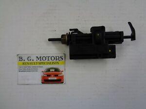 MEGANE Hatchback Petrol Locking Fuel Cap JAN 1996 to DEC 2004