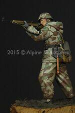 Alpine Miniatures 1:16 WWII German Grenadier - Resin Figure #16029