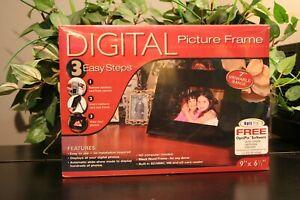 "Smartparts OptiPix 7"" Digital Picture Frame New In Box!"