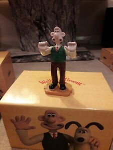 Coalport Wallace And Gromit. Do Something Gromit Figure - Grand Day Out.