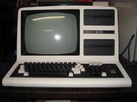 Vintage Radio Shack TRS-80 Model 4 MicroComputer Model 26-1067