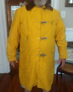 Globe Yellow Firefighter Jacket Coat Structural Use Size 46 x 40 Corduroy Collar