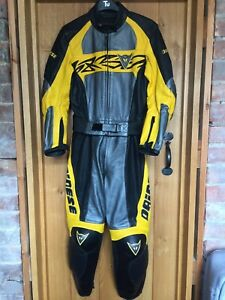 DAINESE WOMENS MOTORCYCLE LEATHER 2-PIECE SUIT - SIZE 40