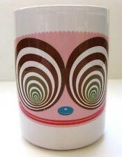 EUC WHITE STONEWARE WITH CARTOON IMAGE OF A FUNNY FACE BY RIC HEITZMAN 12 OZ.