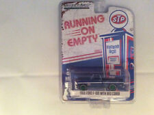 Greenlight 1:64 Running on Empty 1969 Ford F-100 w Bed Cover STP GREEN MACHINE