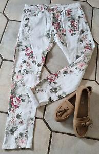 LEXXURY Damen Sommer Jeans Größe L/40 weiß mit Blumenmuster