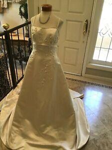 JASMINE Bridal gown Wedding Dress spaghetti straps Light gold 14 New