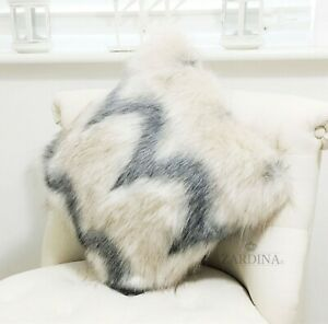Zardina - Luxury Faux Fur Fluffy Scatter Cushion (Flurry)
