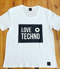 Love techno Moschino Style T-Shirt Festival DJ Rave Drumcode Limited Edition