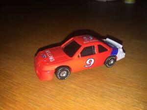 RACING CHAMPIONS 1:64 SCALE NASCAR 1993 #9 BILL ELLIOTT MELLING RED!