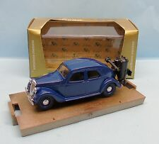 CF17/099 BRUMM / ITALY / ORO / R32 FIAT BERLINA 1100 1937/1939 GAZOGENE 1/43