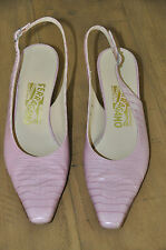 Woman's Salvatore Ferragamo Shoes, 8 B, Mauve