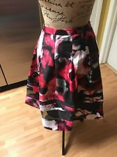 NWT RELATIVITY Glamour Red Roselipstic Floral Red Black Satin Pleated Skirt XL