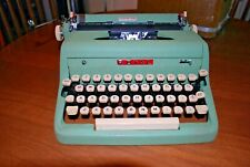 Royal Quiet de Luxe  Typewriter Green Crinkle