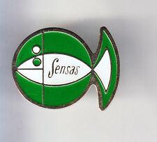RARE PINS PIN'S .. SPORT PECHE FISHING POISSON SENSAS CANE APPATS VERT BLANC ~CQ