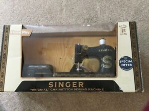 Singer Original Chainstitch Toy Sewing Machine Model A 2401 Home Play