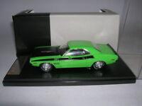 Premium X Dodge Challenger T/A Modell 1970 grün green, 1:43 Artikel PRD407J