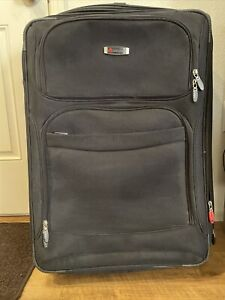 """DELSEY 29"""" EXPANDABLE LIGHTWEIGHT UPRIGHT SPINNER SUITCASE BLACK- Great Cond."""