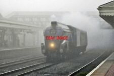 PHOTO  LNER LOCO NO 60007   NEWBURY  RAILWAY STATIONDML IN FOG 10TH APRIL 2014