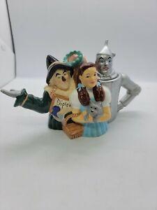 Wizard Of OZ Teapot 1999 TEC Dorothy Tin Man Scarecrow Lion Toto Few Chips Minor
