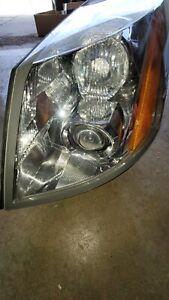 Cadillac xlr left side headlight